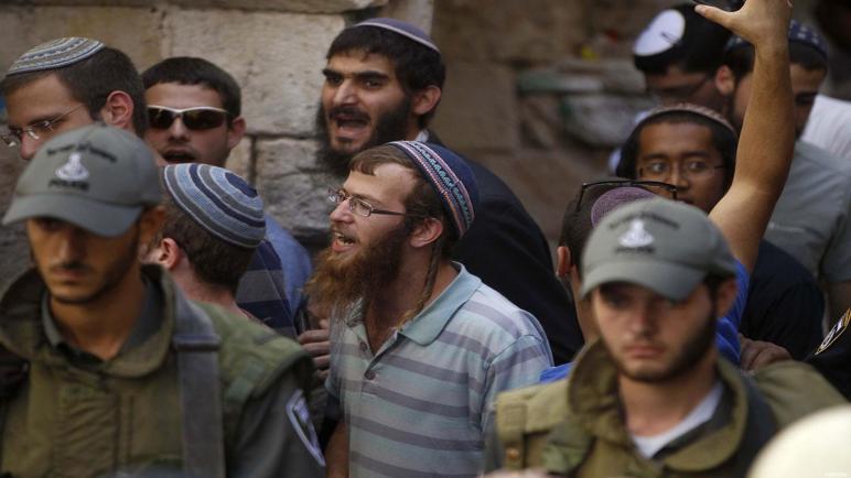 المستوطنون الإسرائيليون يمنعون دخول البضائع إلى قطاع غزة
