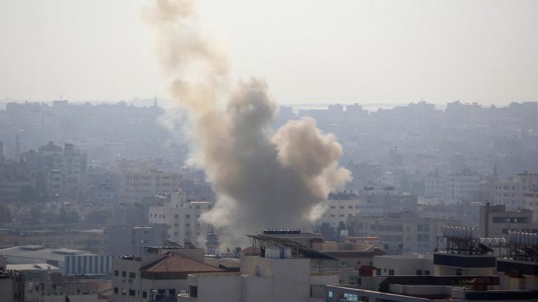 إطلاق عدة صواريخ من غزة على الكيان الإسرائيلي بعد استشهاد قيادي في الجهاد الإسلامي في غزة واستهداف قيادي أخر في دمشق