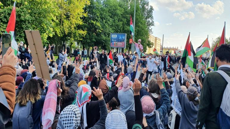 تواصل الحرك التضامني الأوروبي الرافض للعدوان الإسرائيلي على غزة