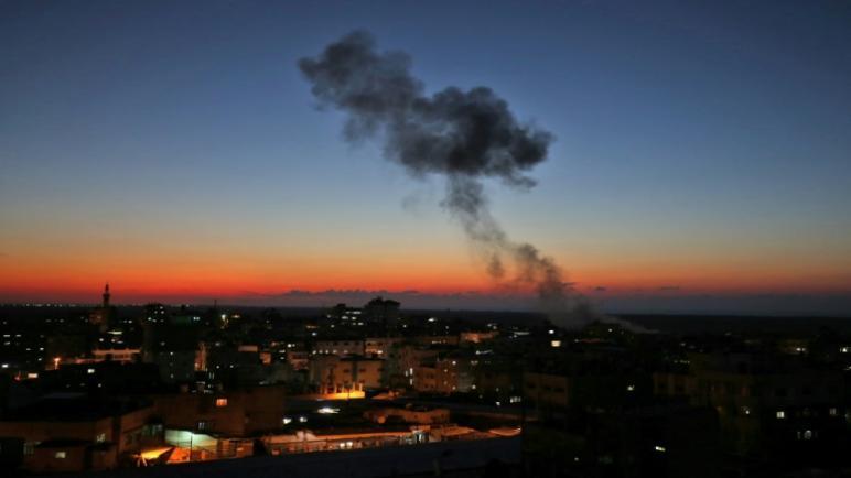 وكالة AFP الفرنسية – قصف 70 هدف في غزة ردا على اطلاق حماس لأكثر من 200 صاروخ على إسرائيل
