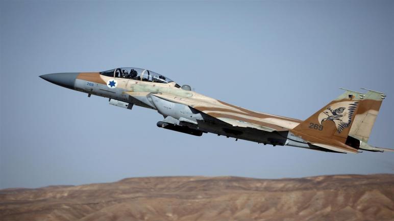 الجيش الاسرائيلي يقصف موقعا لحماس جنوب غزة بعد انفجار قنبلة على السياج الحدودي