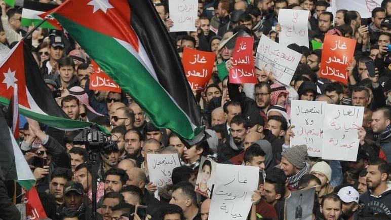 مجلس النواب الأردني يصوت بالأغلبية على مشروع قانون يحظر إستيراد الغاز من الكيان الإسرائيلي