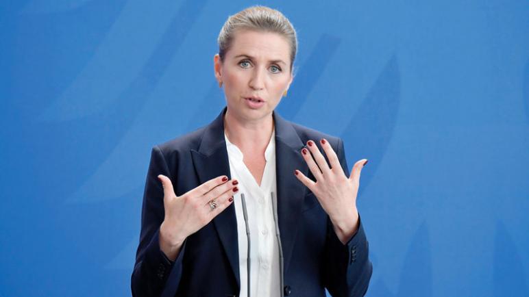 الحزب الليبرالي الدنماركي يستدعي رئيسة الوزراء للنقاش حول سفرها المثير للجدل إلى الكيان الإسرائيلي
