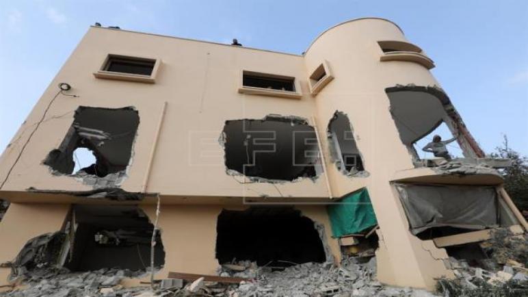 إسرائيل تهدم منزل الشهيد أشرف نعالوة في الضفة الغربية