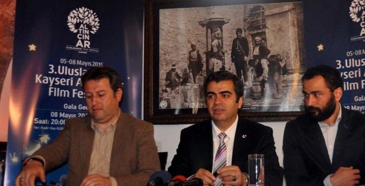 """مهرجان """"قيصري"""" للأفلام بتركيا يرفع شعار فلسطين"""