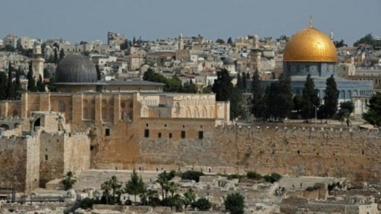 مسؤولون في الكيان الإسرائيلي يدينون تعرض مدون سعودي للشتائم في القدس