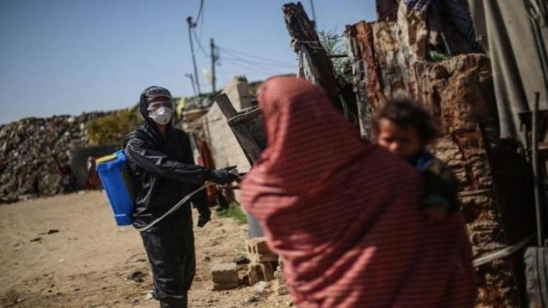 الكيان الإسرائيلي يصادر معدات إنشاء عيادات ميدانية لفيروس كورونا في الضفة الغربية