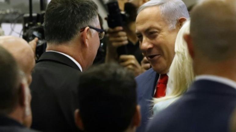 نتنياهو يطلق حملته الإنتخابية بالهجوم على منافسيه من التيار الوسطي واللوائح الإنتخابية العربية