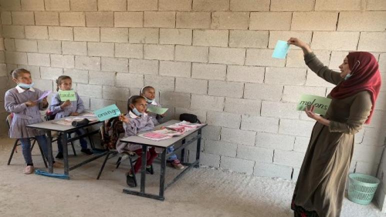 الكيان الإسرائيلي يريد هدم مدرسة ممولة من المساعدات الأوروبية: سيضطر الأطفال للسير 5 كيلومتر لايجاد مدرسة أخرى