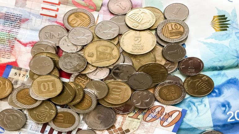 حكومة الكيان الإسرائيلي توافق على تحويل أموال الضرائب إلى السلطة الفلسطينية