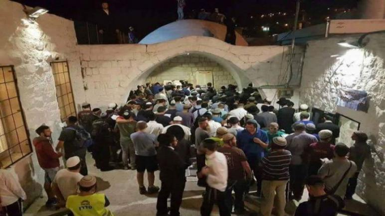 اصابة 12 فلسطيني بجروح أثناء محاولة المستوطنين وجيش الكيان الإسرائيلي إقتحام قبر النبي يوسف