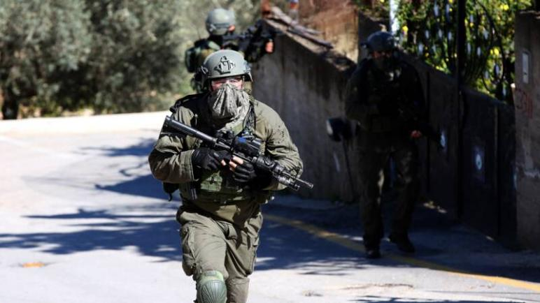 استشهاد شاب فلسطيني بعد معركة مع قوات الكيان الإسرائيلي في الضفة الغربية