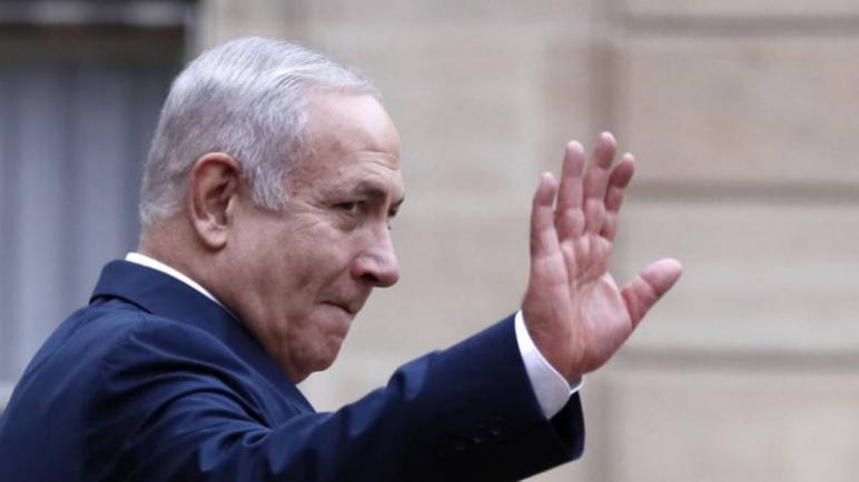 صحيفة NOS الهولندية – نتنياهو يقطع زيارته إلى فرنسا ويعود مبكرا بسبب العنف هذه الليلة في قطاع غزة